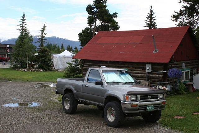 Cabin and truck in Frisco