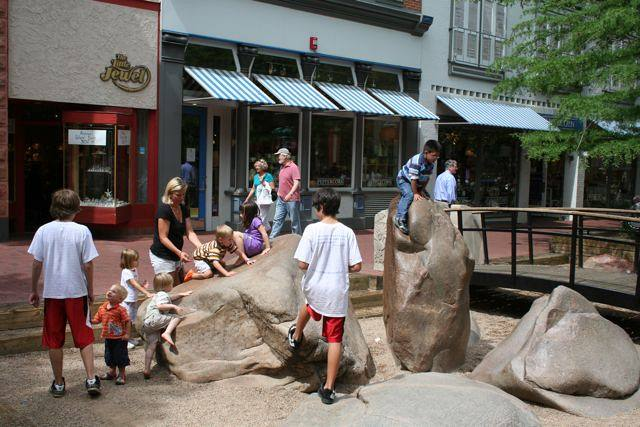 Kids playing on Pearl street in Boulder