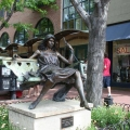 Statue on Pearl street in Boulder